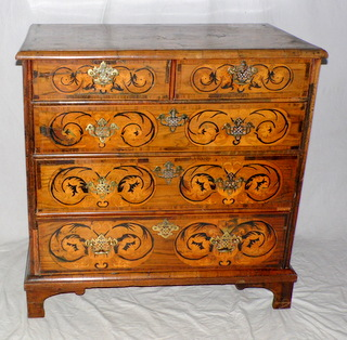 A William and Mary Walnut Chest of Drawers. Circa 1690s.